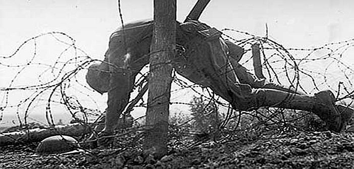 WW1 dead soldier on barbed wire